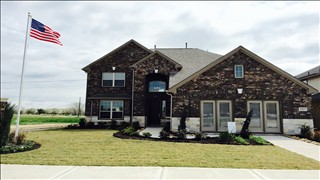 New Homes in Texas TX - Lake Shore Harbour by Saratoga Homes