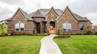 New Homes in Texas TX - Creeks of Bella Flora by Graham Hart Home Builder