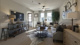 New Homes in Texas TX - The Villas at Kings Harbor by Plantation Homes