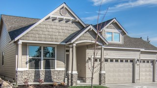 New Homes in Oregon OR - Rooster Rock by MonteVista Homes